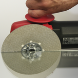 Dry grinding and polishing discs for manual angle grinders
